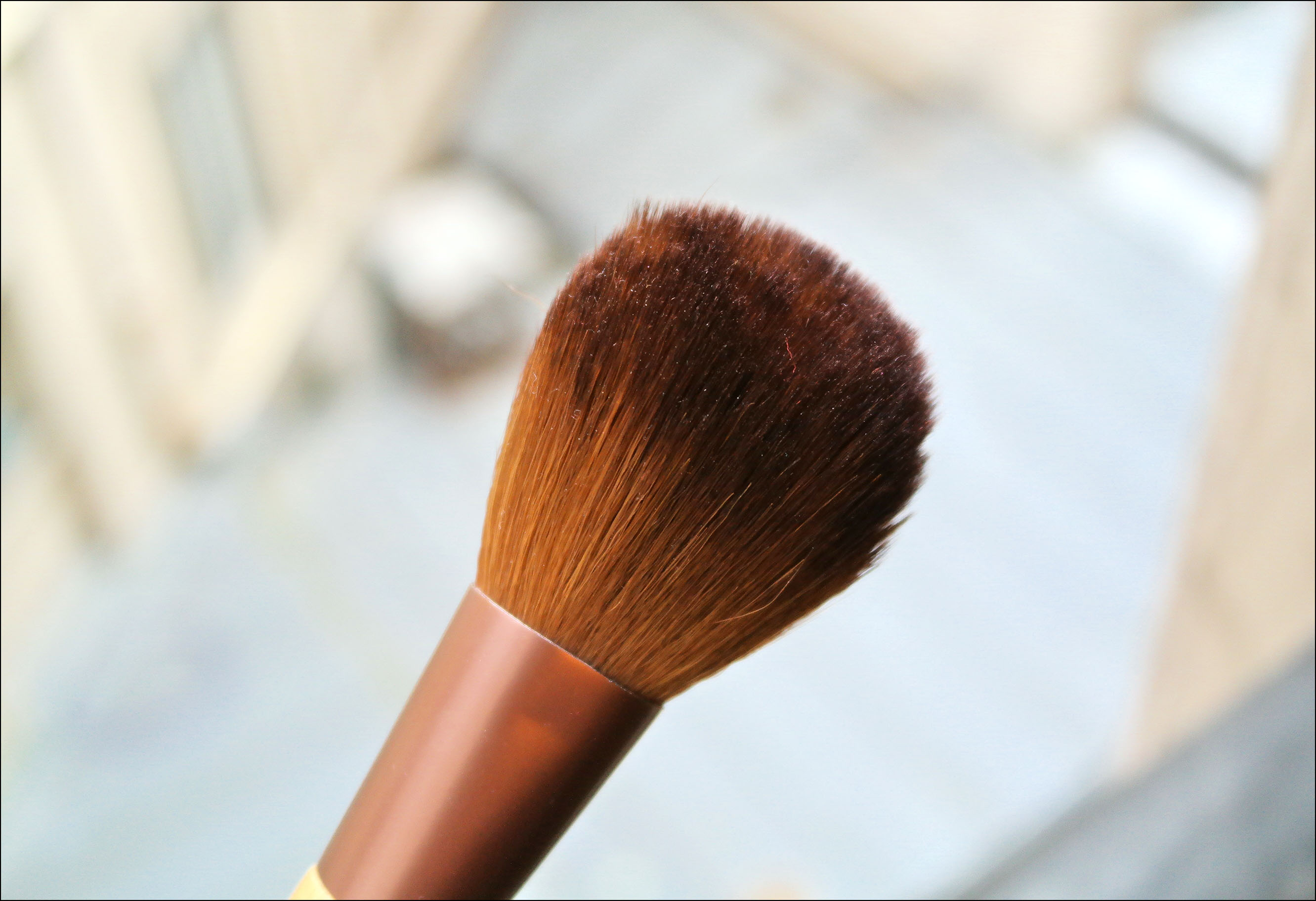 pinceaux, pinceau, teint, real techniques, bamboo large powder brush, poudre, ecotools
